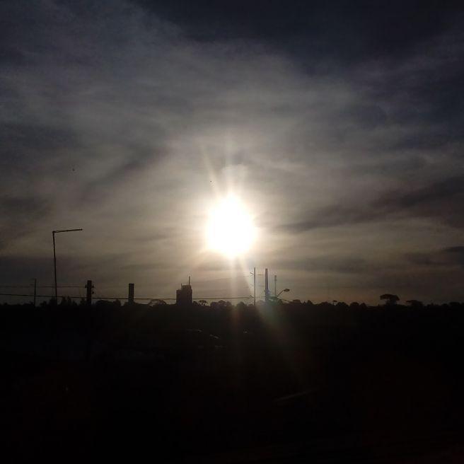 Fim de tarde do por do sol em curitiba