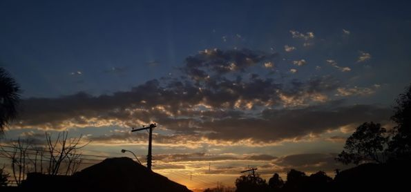 Belo pôr do sol.