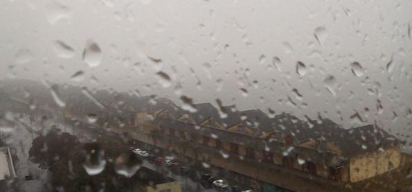Chove forte neste momento em Porto Alegre