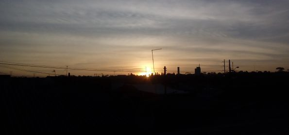 Fim de tarde na cidade de industrial de curitiba