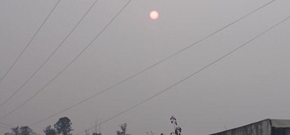 Sol da manhã laranja.