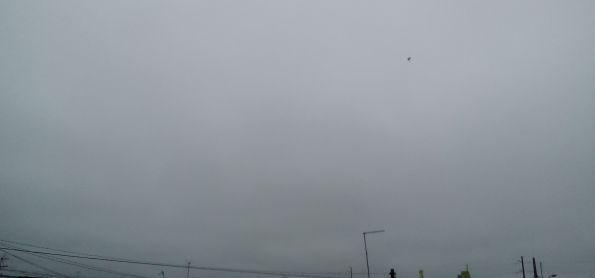 Terca feira nublado e fria na cidade industrial de curitiba