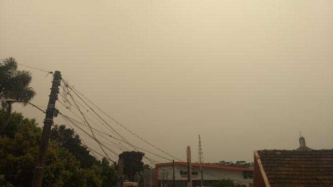 Atmosfera extremamente poluída sobre Erechim (RS)