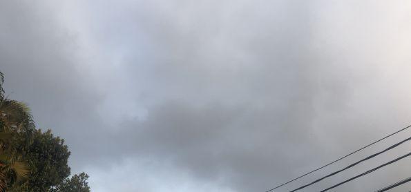Nuvens e vento