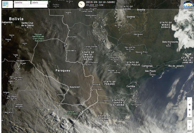 Nuvem de fumaça no Sul do Brasil