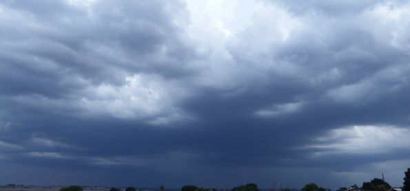 Chuva em Ivinhema é comemorada por todos da região