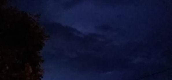 Noite de muitos raios
