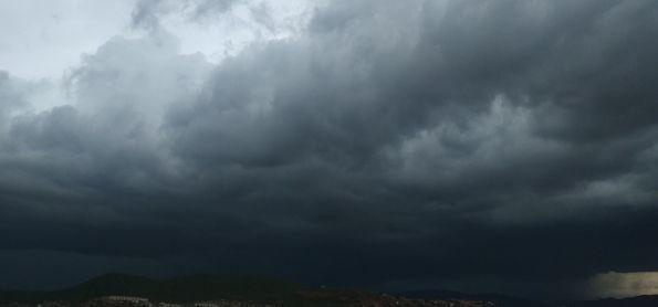 Tempestade atinge a cidade de Jequié BA