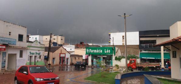 PANCADA DE CHUVA EM BARRA DA ESTIVA - BAHIA