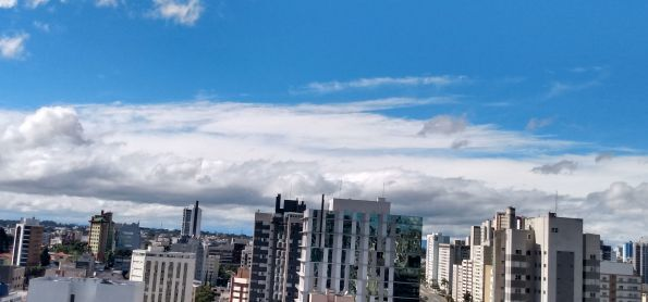 Manhã geladaaaa em Curitiba.