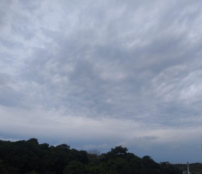 Céu na Praia do Morro