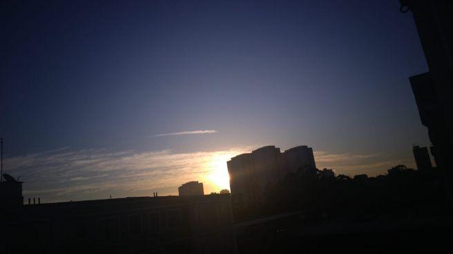 Nascer do sol da janela EM MAUÁ SP
