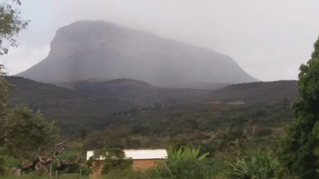 CHUVINHA NA SERRA DO CAMULENGO - BA