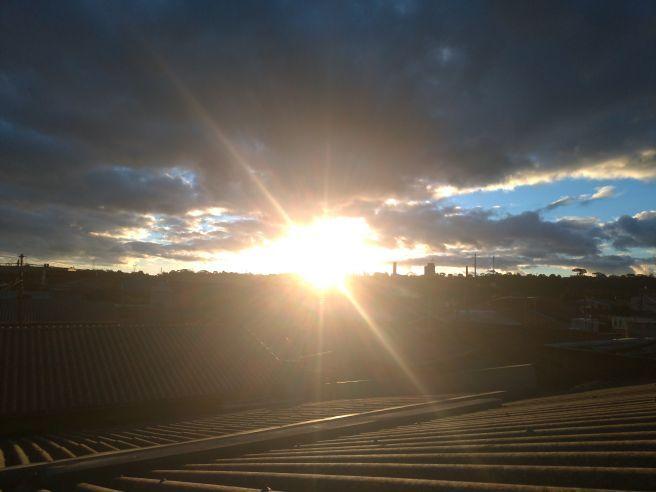 Por do sol em curitiba neste Domingo #fotografootempo