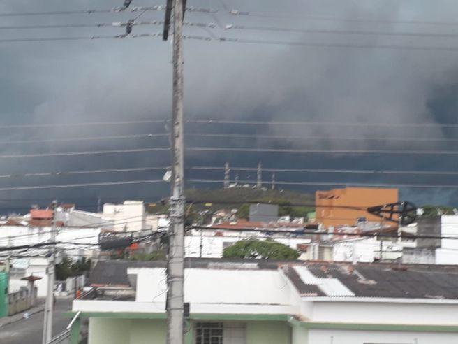 Temporal na tarde de 27/10/2020 em Itapetinga, Bahia.