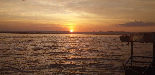Por do sol Prainha de Porto Camargo