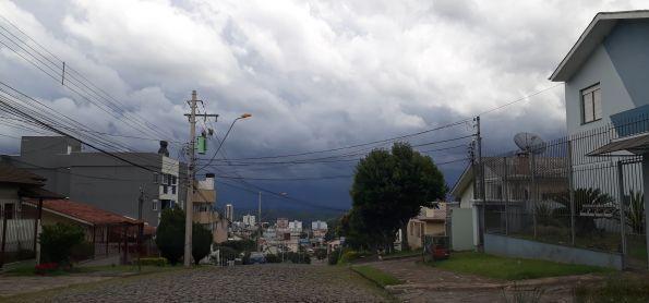 Chuva chegando em Caxias do Sul