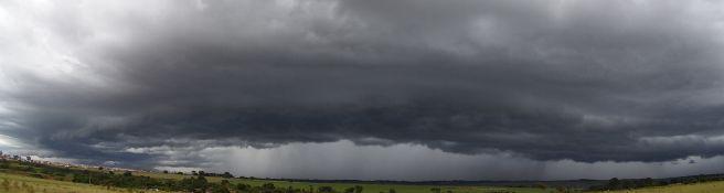 Chuva na região de Ivinhema - MS.